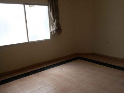 للايجار شقة سكنية لعائلات في شارع الفروسية معيذر